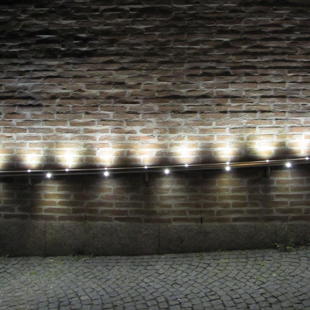 Gasteig konst  och kulturcentrum, münchen. trappor och tegelväggar ...